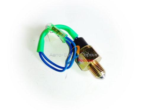 Выключатель (датчик) фонарей заднего хода Isuzu NQR71/75, Богдан A-092, 8980230500, (KYH)