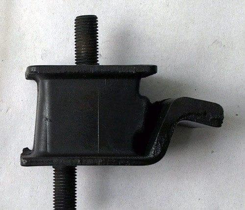 Подушка КПП задняя Isuzu NQR71/75, Богдан А-092, MYY5T, 8941119031, (KYH)