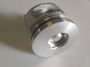 Поршень двигателя Isuzu NQR, 4HG1-T, (комплект 4шт), 8972190320 TLG-8158(2)