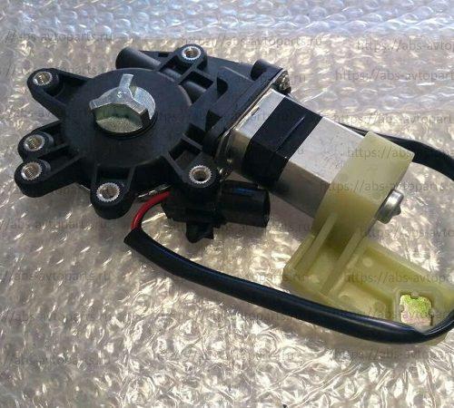 Двигатель стеклоподъемника Isuzu FTR,FVZ,ETR,GTR 94.0-8, FSR,CXZ,CYZ (правый)