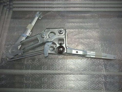 Стеклоподъемник двери (правой) ISUZU NQR71_75 (механический)